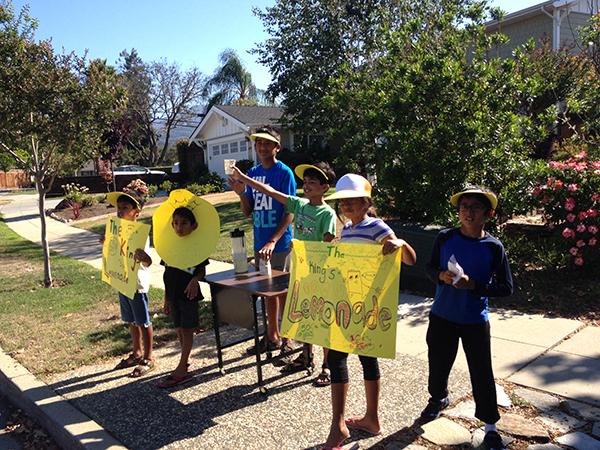 lemonade_stand_photo